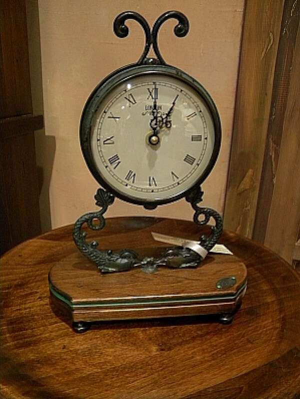Часы CAPANNI 181