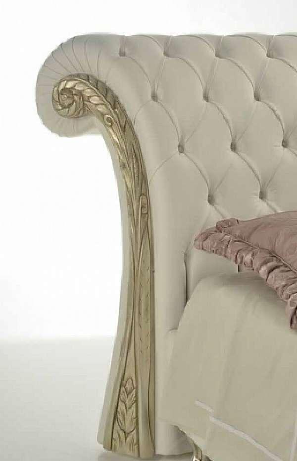 Кровать PIERMARIA etoile con borchie